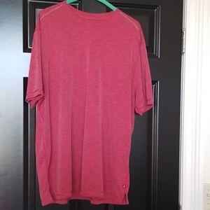 Tommy Bahamas silky tee shirt.